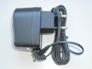 Steckernetzteil 230VAC/18VDC/6 i-control